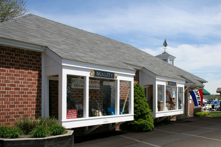 BoatiqueUSA nautical store